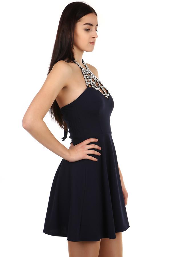 962bae059 Krátke šaty so zaväzovaním za krk   Glara.sk