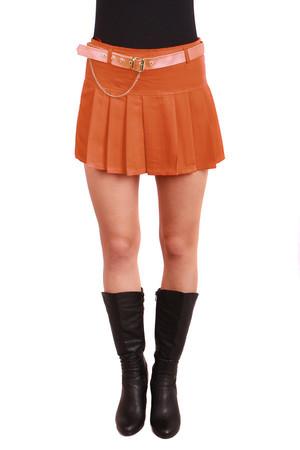 756f0fabc694 Krátka dámska áčková skladaná sukňa
