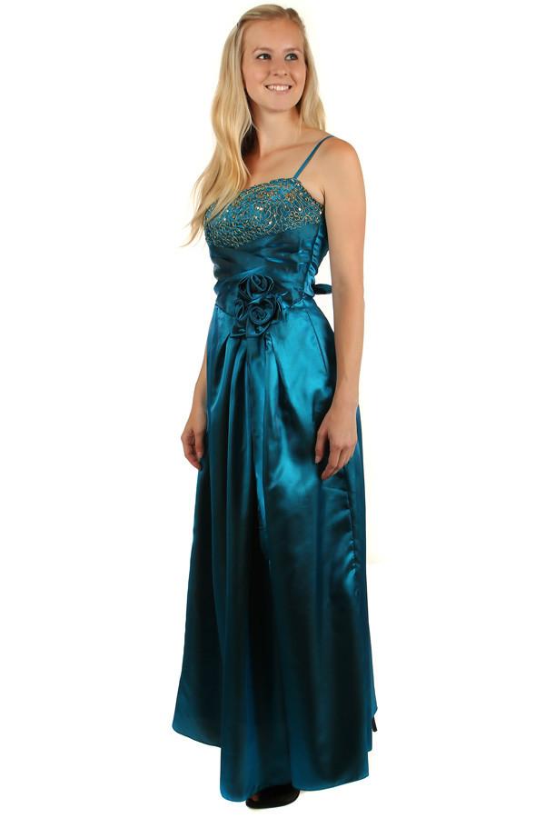 a59ee496b232 Dlhé lesklé večerné šaty so zlatou výšivkou