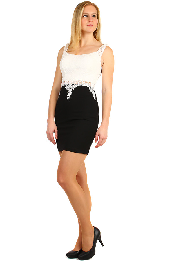 Krátke puzdrové šaty s čipkou  c44dfe03378