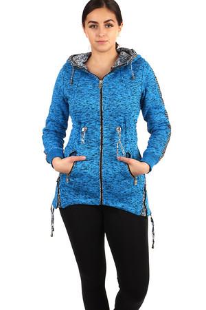 2d80162116 Zateplená dámska žihaná mikina na zips s kapucňou