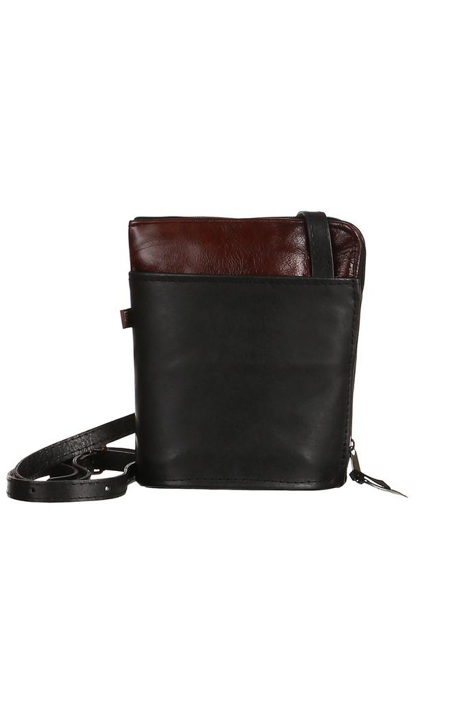 Malá crossbody kabelka z pravej kože - vyrobené v Českej republike ... bff513fc558