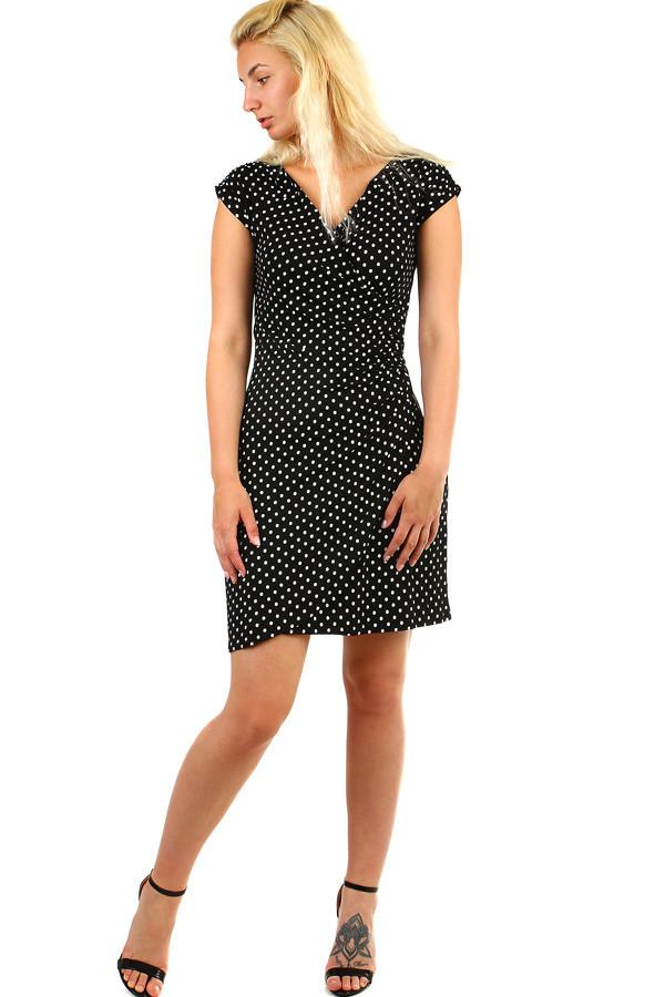 Dámske zavinovacie retro šaty s bodkami  57411c35d93