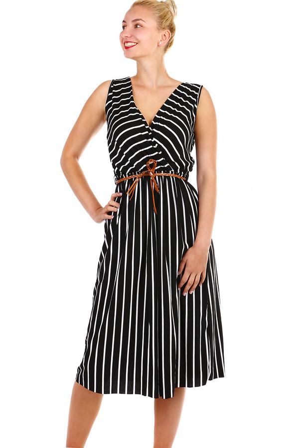 054fb2c5a5a2 Dámske pruhované šaty s opaskom - zoštíhľujúci efekt