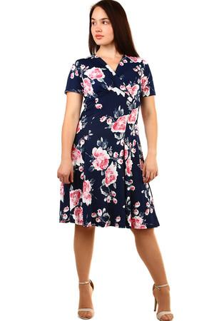 Krátke dámske kvetované retro šaty pre plnoštíhle 45d5e752438