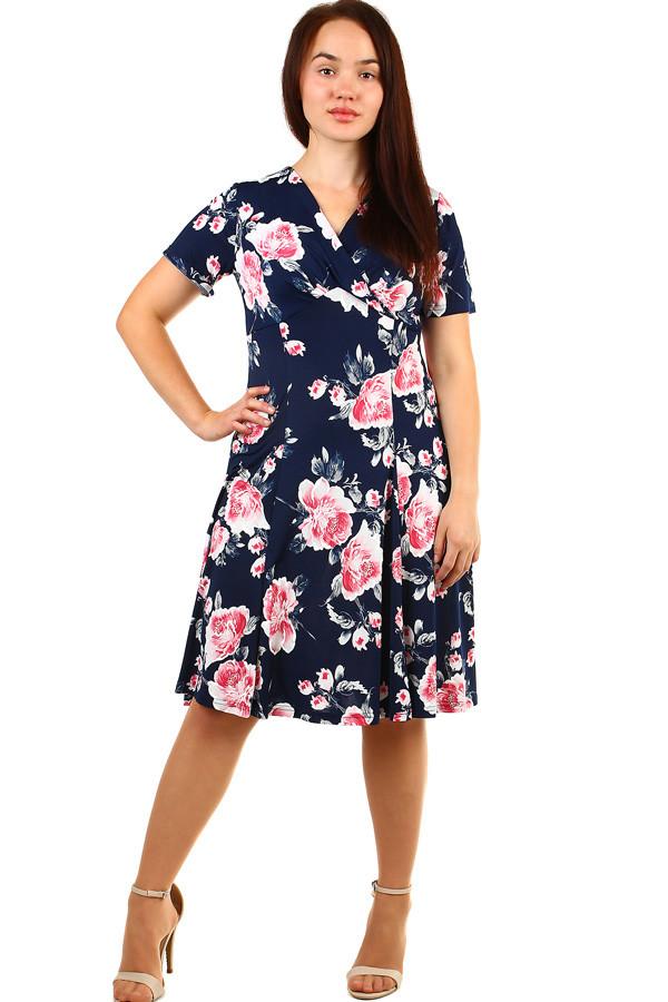 Krátke dámske kvetované retro šaty pre plnoštíhle  fb1fdd05791
