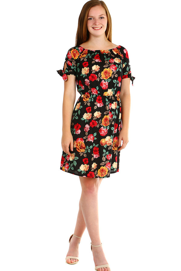 b8247ae28 Dámske letné šaty s kvetinovým vzorom | Glara.sk