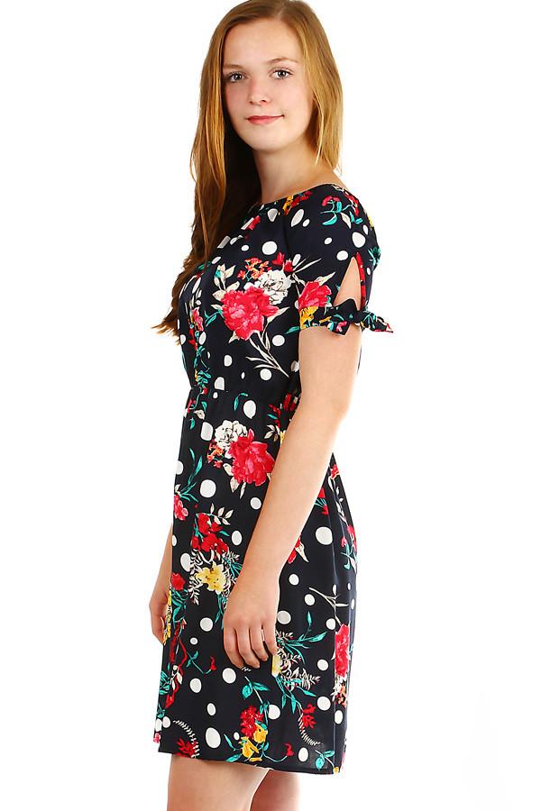 36b08f04a839 Dámske kvetované letné šaty