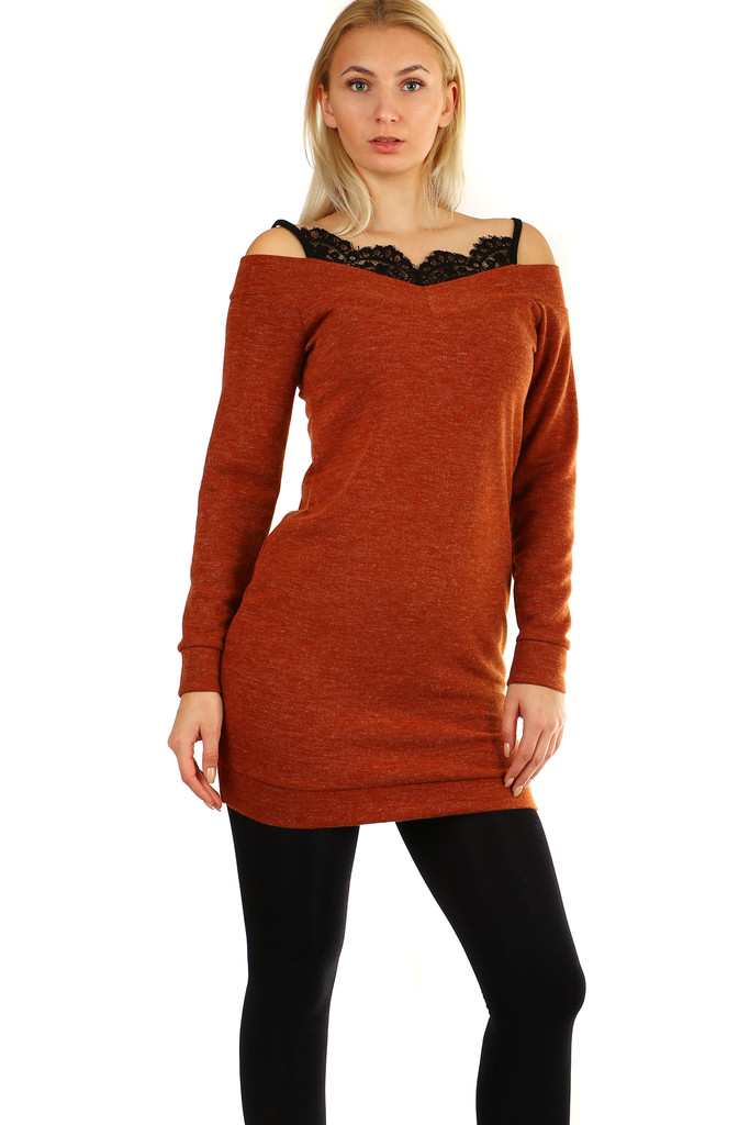 5c651e9d4995 Krátke úpletové dámske šaty s čipkou a dlhým rukávom