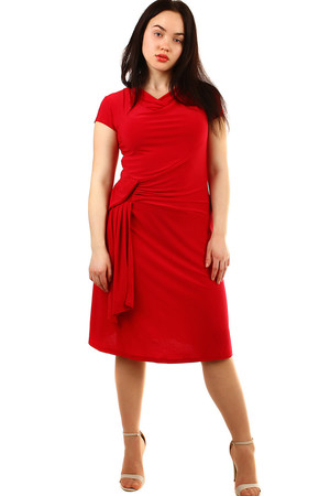e5671c06d31f Dámske spoločenské šaty s krátkym rukávom